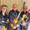 Rik Ooms, Ed Maes & Lea Van den Broeck - Een organisatie van culturele vereniging De Brug